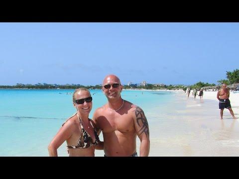 Playa Pesquero 2018, Holguin, Cuba HD