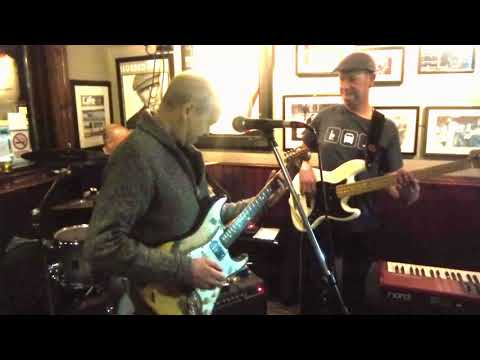 Gloria - Eric Bell, Thin Lizzy @ The Dirty Duck March 2018
