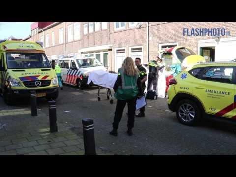Vrouw zwaargewond na steekpartij - Wattstraat Schiedam