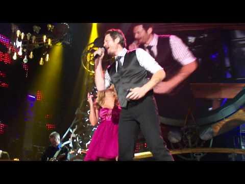 "Miranda Lambert & Blake Shelton ""Play That Funky Music"" ACM Fan Jam"