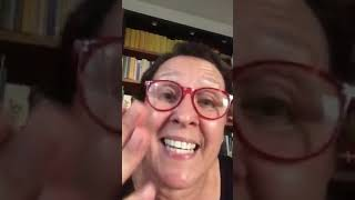 L'attrice modicana carmela buffa calleo con un videomessaggio ha commentato il finanziamento da parte della regione siciliana del docufilm cui gli stilis...