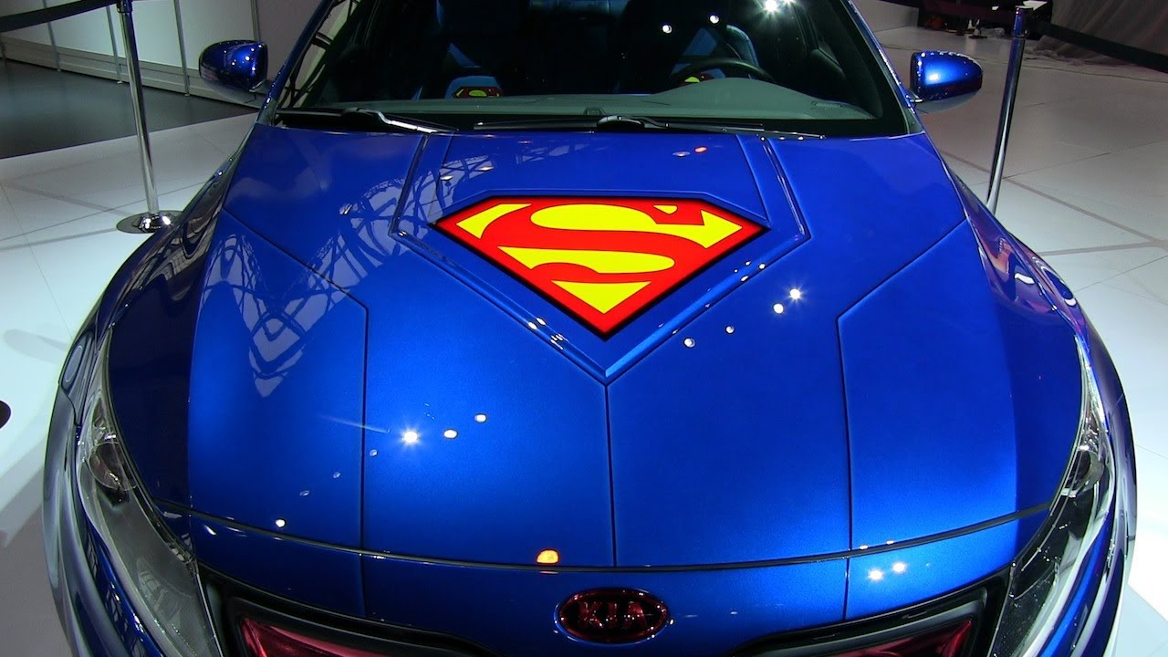 Watch The Superman Kia Optima Hybrid Debut At The Chicago
