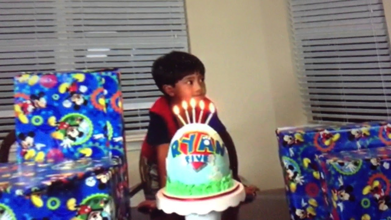 Ryan Toy Video Toys Ryan 39;s 5th Birthday Paw Patrol Cake Youtube
