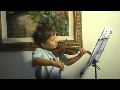 Niño de 3 años tocando el violín!