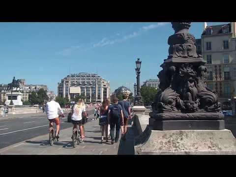 PARIS - L'ÎLE DE LA CITE ET L'ÎLE SAINT-LOUIS