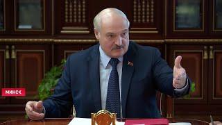 Лукашенко Хотят на «мерсах» разъезжать и быть в шоколаде Школу кое-как закончили Кадровый день