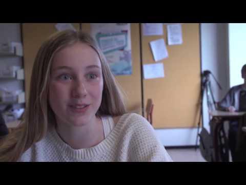 Interview med elever fra Toftegårdsskolen efter overraskende skuespillerbesøg i
