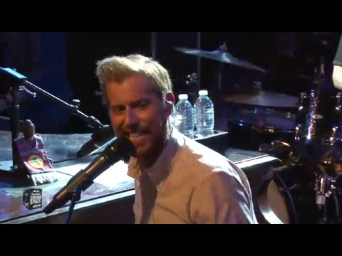 Andrew McMahon in the Wilderness - Cecilia and the Satellite (Live KROQ Redbull Sound Space)
