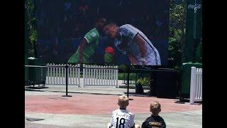Football/Soccer Skill Tutorials for Kids by Kids - Learn Tricks of Messi/Ronaldo/Neymar (Deutsch)