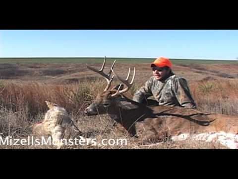 Big Whitetail Deer Hunting In Nebraska With The Hunting Company