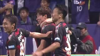 CKのチャンスからゴール前に抜けたボールをファン ウィジョ(G大阪)が...