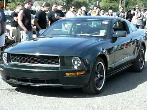loud 08 bullitt mustang reviving contest at american muscle car show youtube. Black Bedroom Furniture Sets. Home Design Ideas