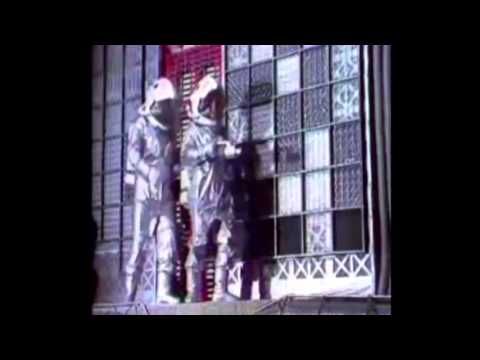 Red Dwarf - Full Theme Song - YouTube