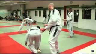 Multi-direction kick