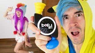 BOP IT CHALLENGE !! (Con bailes increíblemente profesionales)