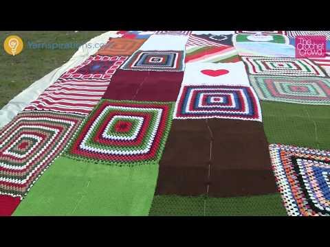 Christmas Story: World's Largest Crochet & Knit Stocking