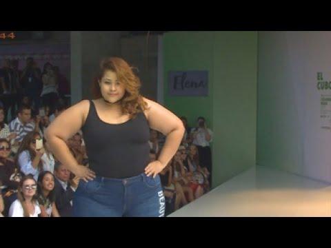 d0ba51997360 Mujeres de tallas grandes lucen por primera vez sus curvas en Colombiamoda