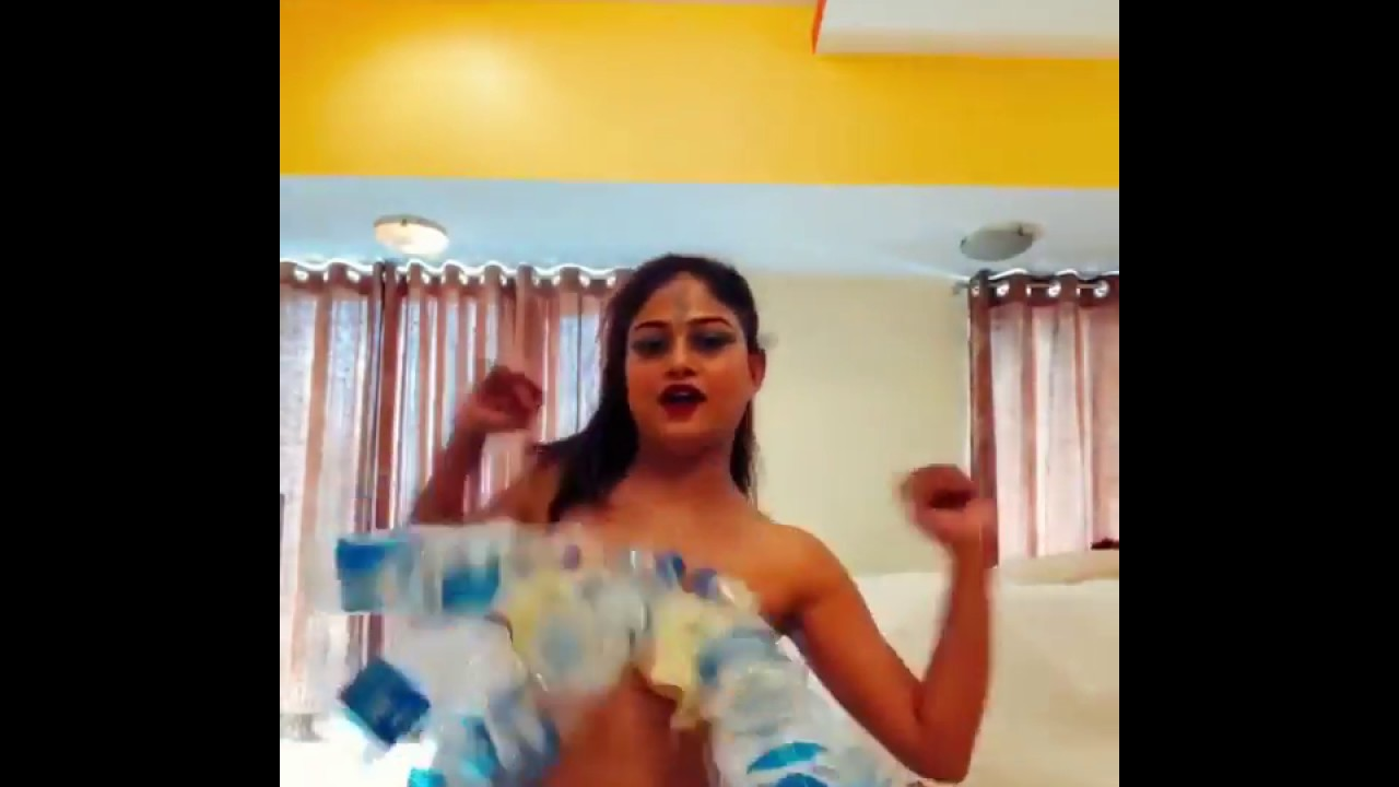 Bottel dance by deepak kalal wife girlfriend gone sexy | Desi Backchodi