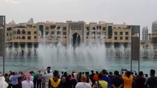 Dubai mall water fountain show downtown burj khalifa