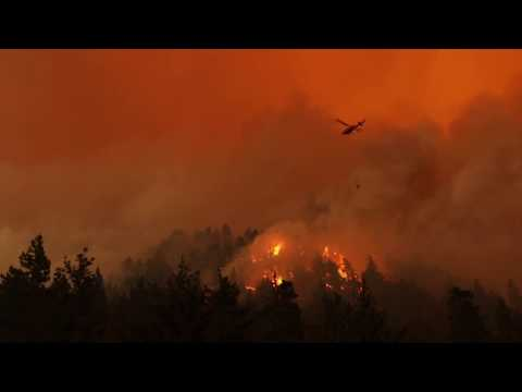 Helicopters Battling the Eagle Creek Wildfire in the Columbia River Gorge - Sept 4, 2017
