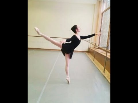Conditioning/WarmUp Routine while at The Bolshoi Ballet Academy | VeganOnPointe