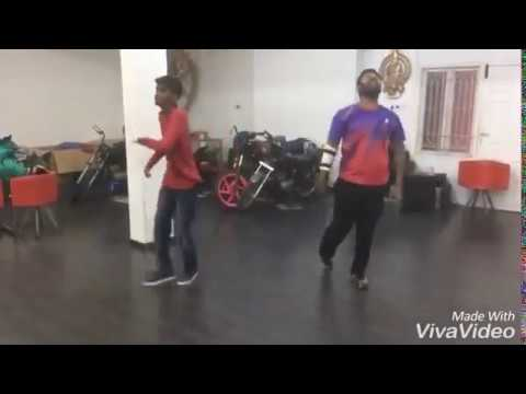 Actor Shanthnu Bhagyaraj Dance Practice for the Song #Damukatlaan | Koditta Idangalai Nirappuga