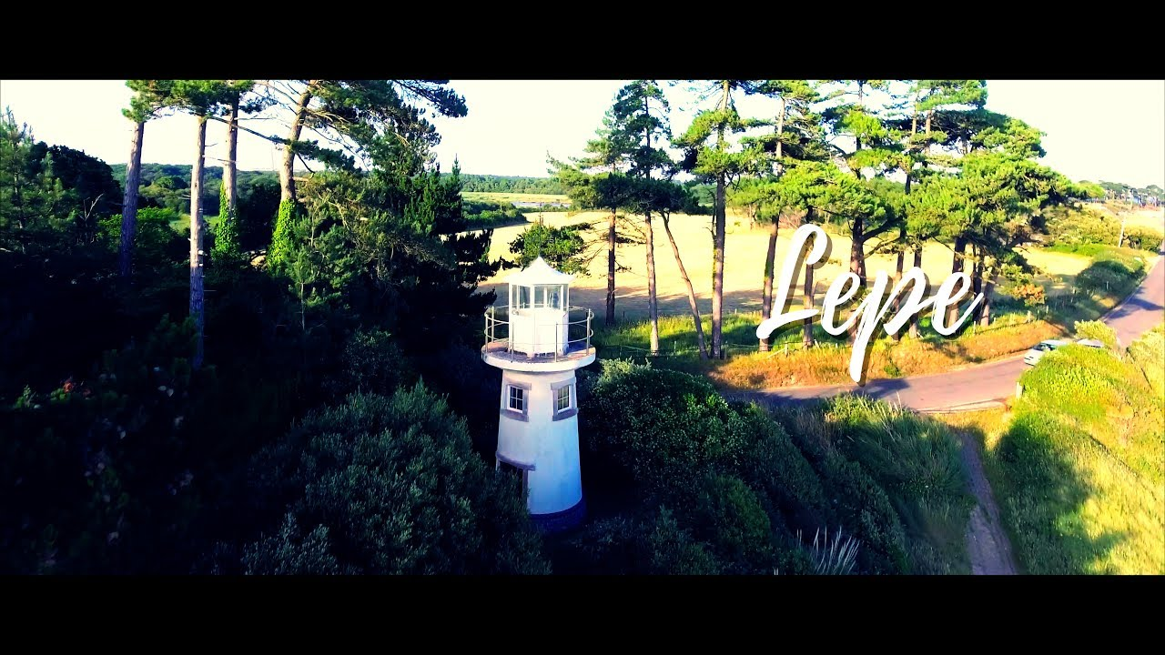 Lepe Lighthouse (4K Video)