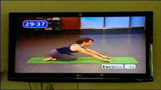 Sarah Squeezes Yoga Into Busy Schedule