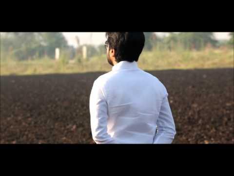 DVD(Dhiraj Vilasrao Deshmukh)कमळाच्या चिखलातून बाहेर येण्यासाठी DVDचा हात धरुणच चिखलाबाहेर येता येईल