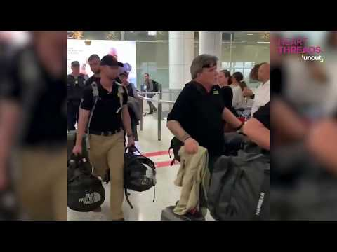 Lee Callahan - US Firefighters Applauded At Sidney, Australia Airport [Video]