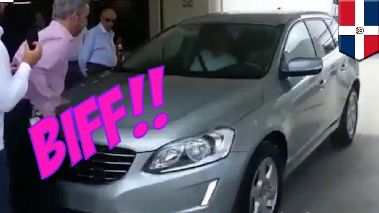 Volvo self parking car