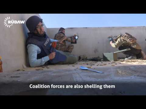 Rooftop snipers menace Iraqi soldiers on every Mosul street