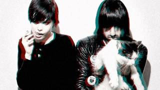 CRYSTAL CASTLES ★ Slowed down to half speed ★ Child I Will Hurt You