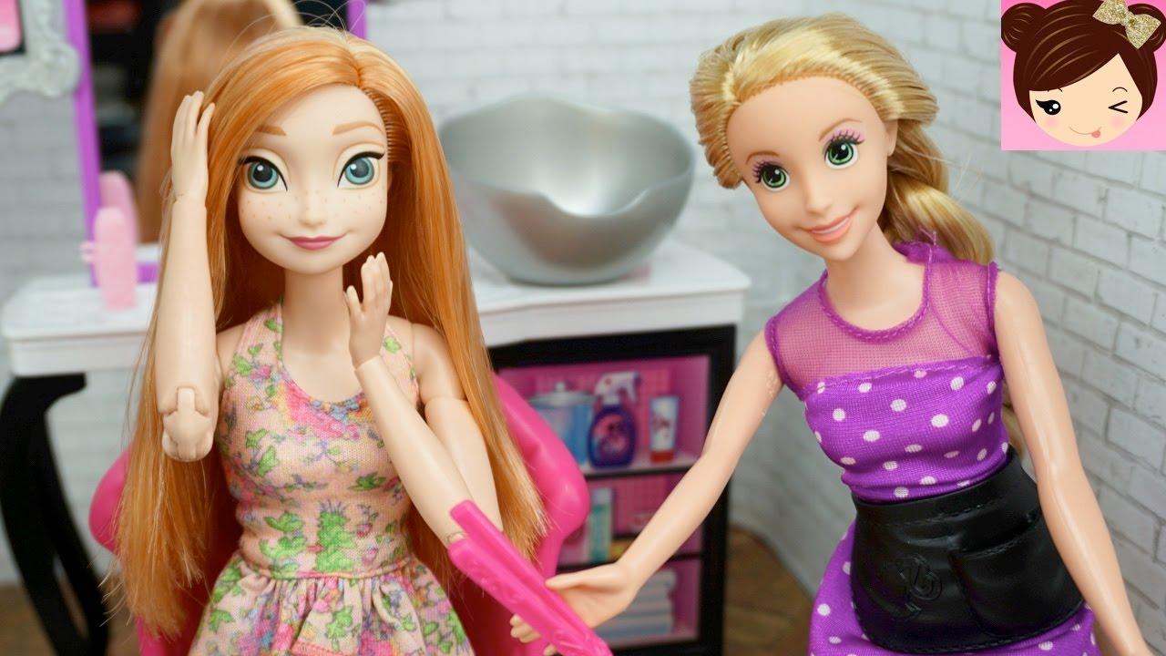 1a268664514 Frozen Anna Doll Make Over at Rapunzels Beauty Salon - Barbie Toy Hair  Salon Videos
