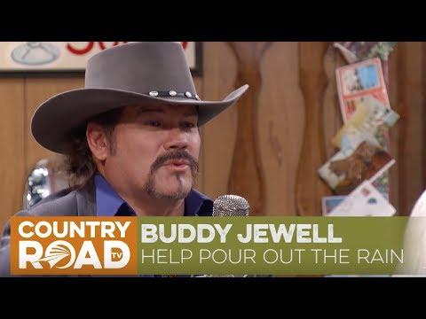 Buddy Jewell sings
