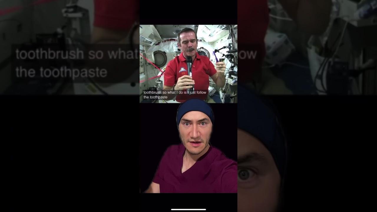 No creerán lo que hacen los astronautas al lavarse los dientes 😱 #shorts