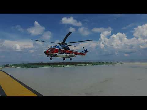 Super Puma Helicopter Landing - BOSIET/HUET certified filmmaker