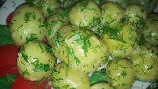 молодая картошка. рецепт приготовления с зеленью.