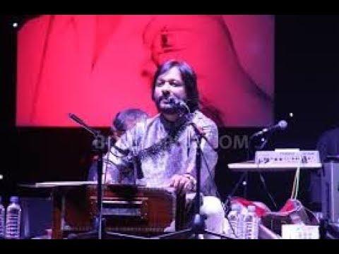   Roop Kumar Rathod Performance At Assi Ghat Varanasi   Tujh Mein Rab Dikhta Hai   Holi Evening  