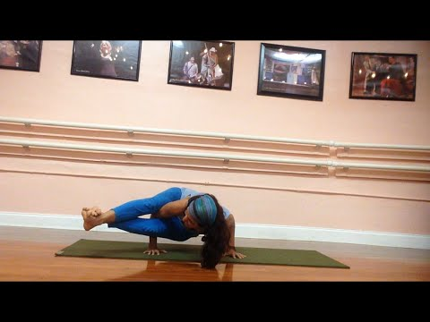 How To Do Eight Angle Pose (Astavakrasana) Yoga Pose Instructions