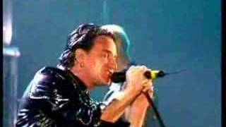 Repeat youtube video U2 - New Year's Day (Sydney 1993)
