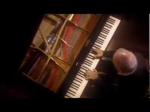 Daniel Barenboim plays Beethoven Sonata No. 8 Op. 13 (Pathetique)