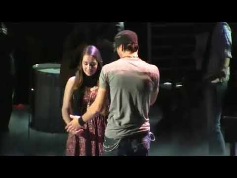 Download Enrique Iglesias - Hero (Live song in USA) | World Music TV