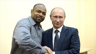 Боксер Рой Джонс стал гражданином России,о нем снимут фильм