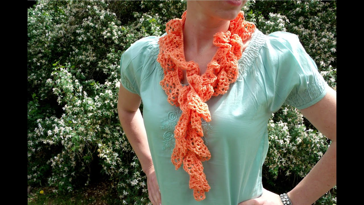 How to crochet a twisted, twirly, spiral scarf with crochet thread ...