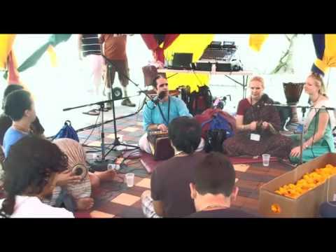Bhajan - KulimeLA Day 2 - Kishori Mohan das (5/7)