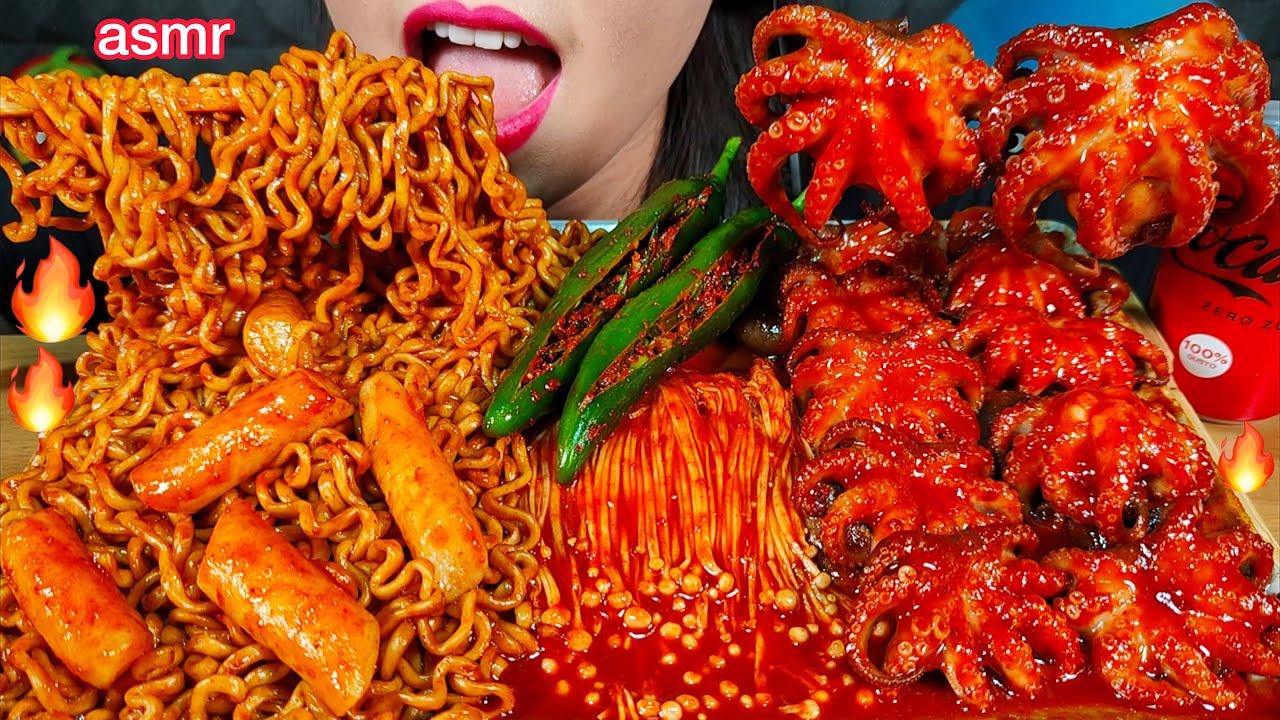 ASMR SPICY NOODLES, RICE CAKE, OCTOPUS, ENOKI MUSHROOMS 먹방 MUKBANG MASSIVE Eating sounds