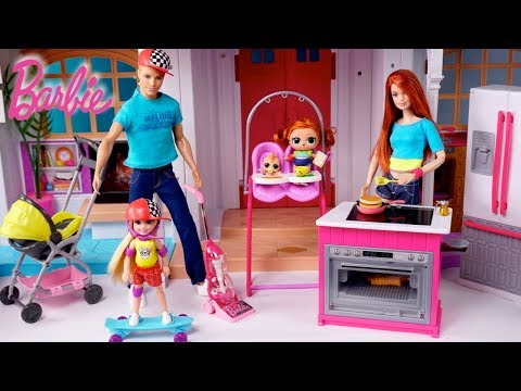 barbie-dollhouse-lol-family-fun-morning-routine-in-playground