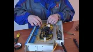 Разварка оптического кросса(Узнать больше на http://SebeAdmin.ru Как происходит коммутация оптоволокна в кроссе и укладка его в сплайс-кассету..., 2013-01-09T08:26:32.000Z)