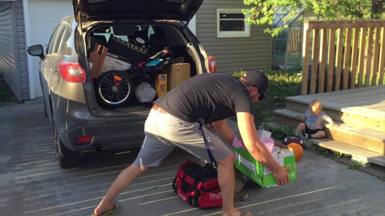 Testing The Trunk Space Of A Mazda Cx 5 Youtube